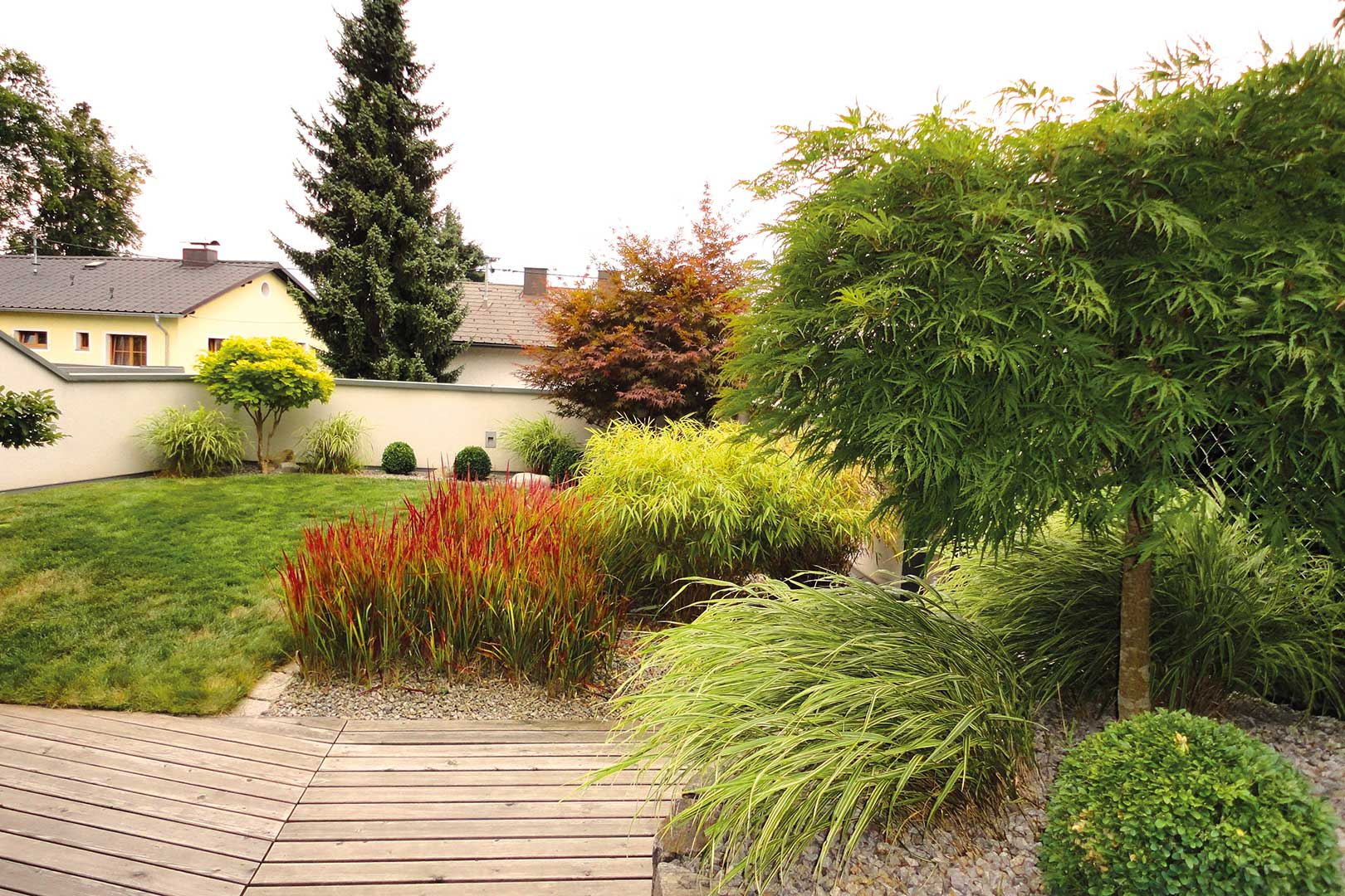 Traumgarten Holzdeck