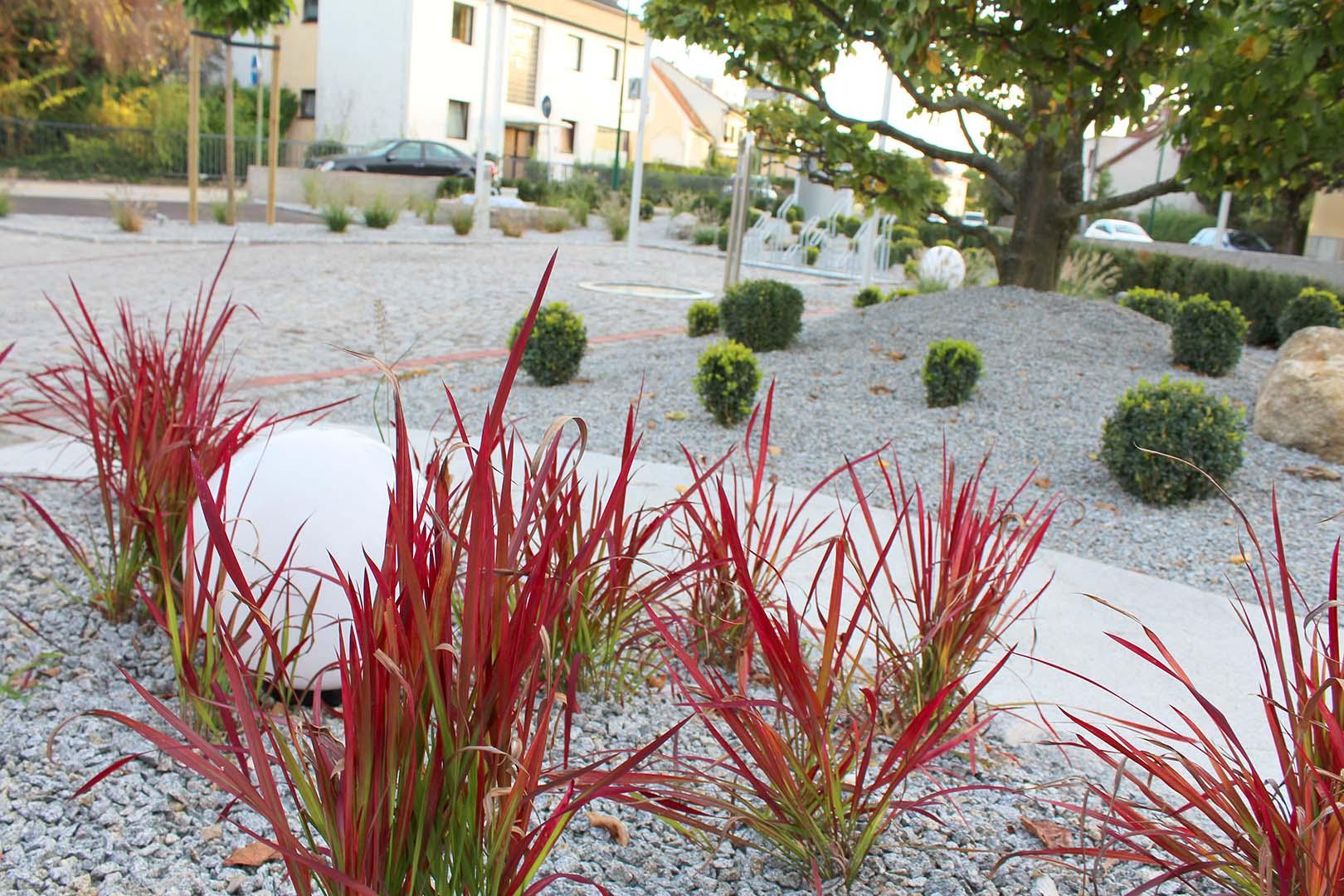 Gartenplanung Gräser rot
