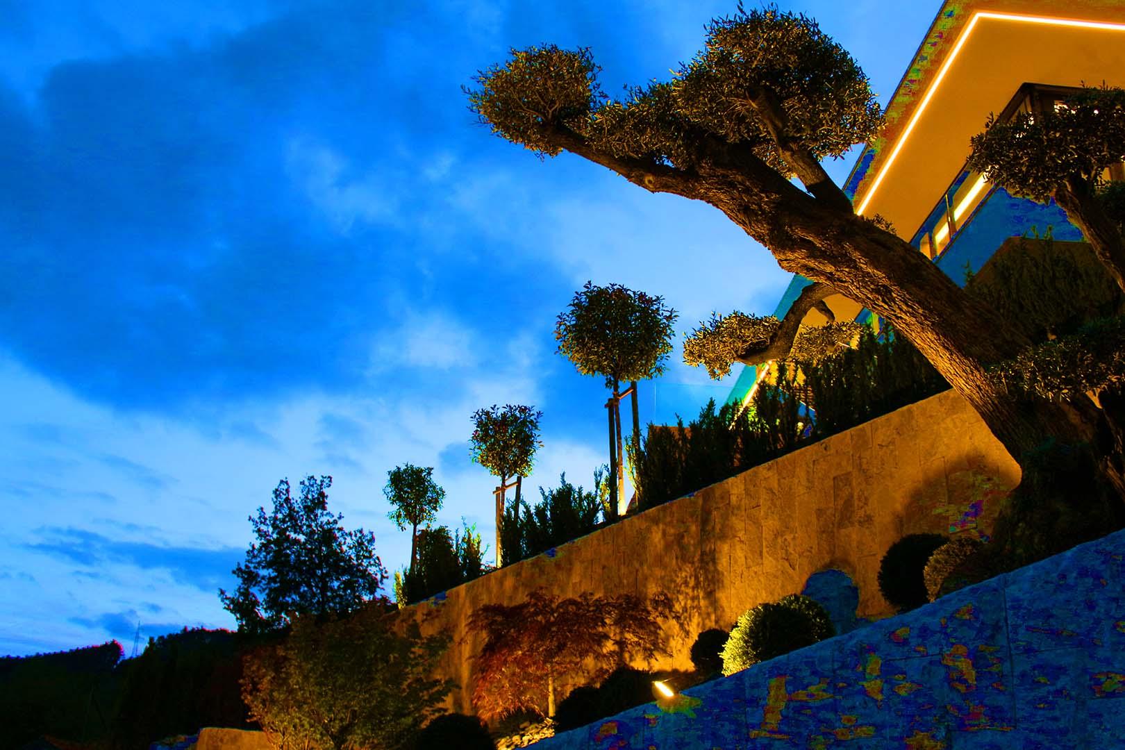 Gartenplanung Steinmauer