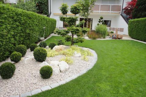 Gartengestaltung Steinbeet